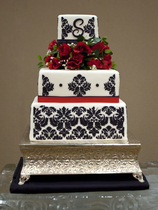 Spectacular Wedding Cake Table Made Of Ice For A Beautiful Black And White Winter Wedding Cake