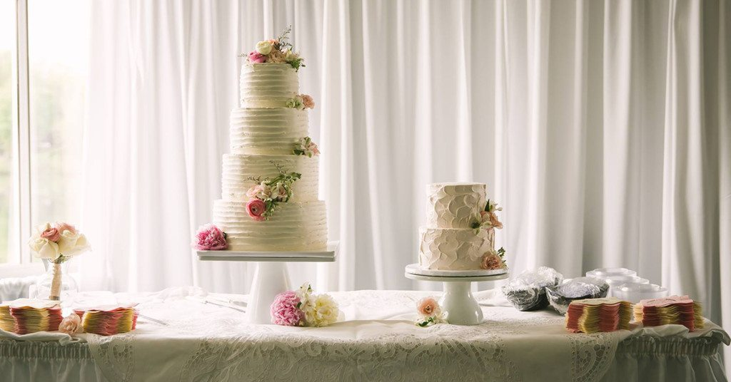beautiful budget wedding cakes in asheville nc